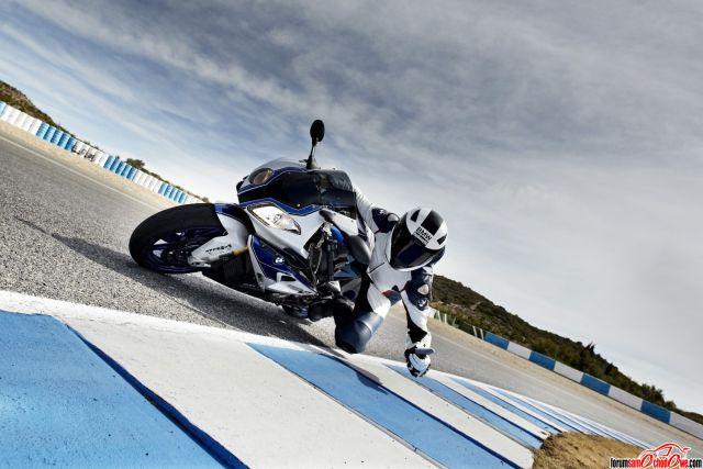 Motocykle, motory, skutery